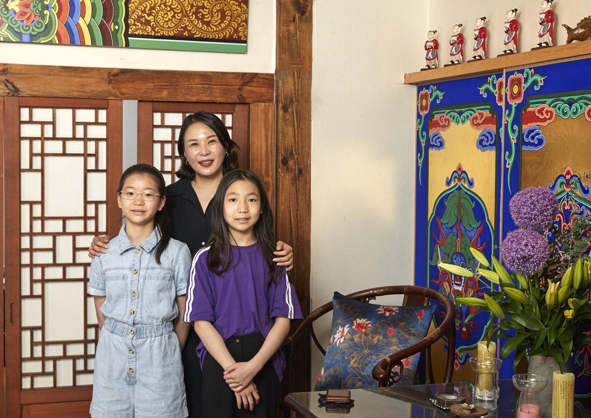 김도래 대표는 단청은 우리나라를 대표하는 예술이기에 자긍심을 가지고 즐길 것을 권했다.